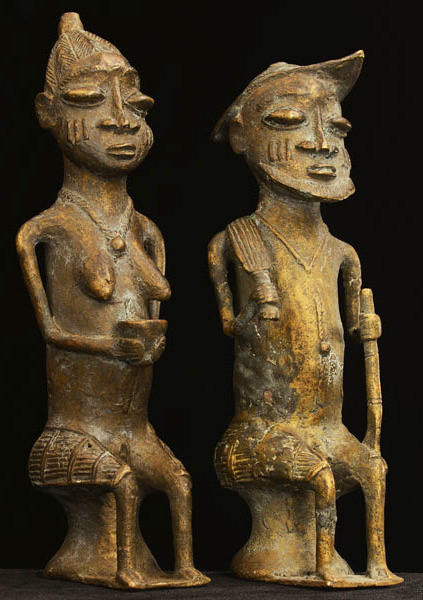 African Igbo Bronze Elders 31, Right Angle