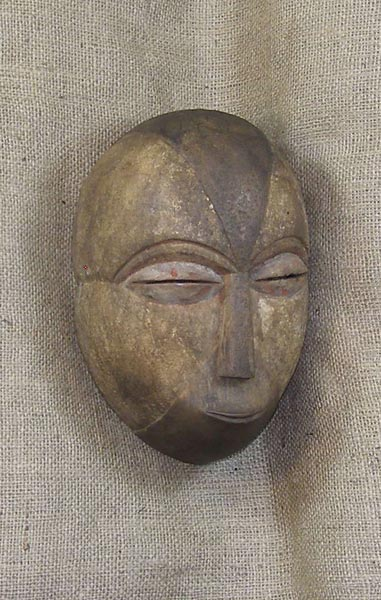 African Traditional art from the Loi Tribe - African Mask