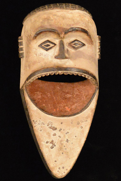 African Decor - Mambila Mask 3 - Front