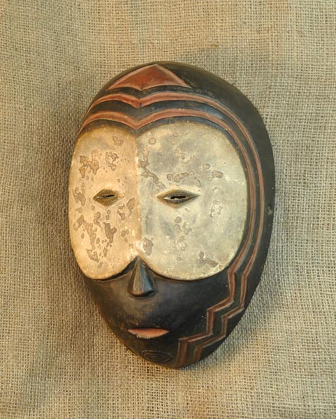 African Artwork from the Mumuye Tribe - African Antique