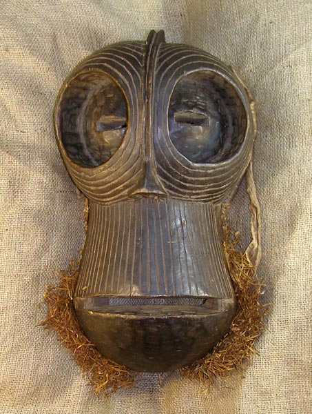 African Traditional art from the Songye Tribe - African Mask