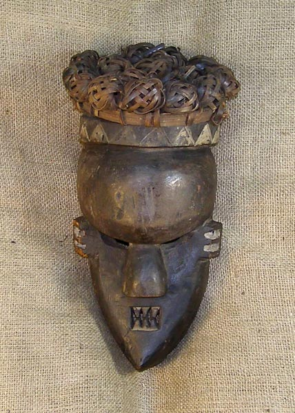 African Traditional art from the Yaka Tribe - African Mask